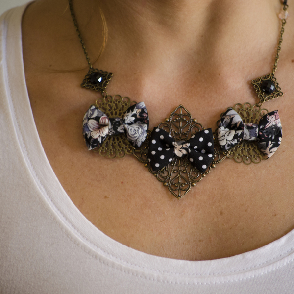 Black Floral Dots Necklace