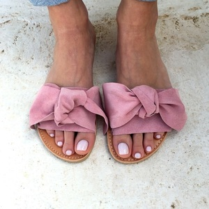 bow sandals light pink