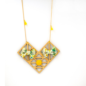 Rhombus Bow Necklace