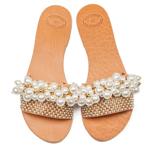 Pearly sandals