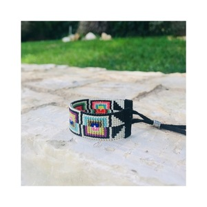 Small square illusion bracelet