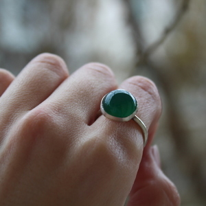 green round agate ring