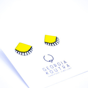 Geometric stud earrings with colours