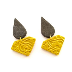 Mustard and black earrings