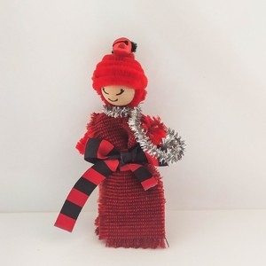 The Christmas Dolly | worrydoll