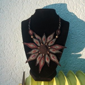 Macrame flower necklace