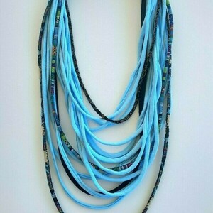 Boho Κολιέ scarf necklace/ υφασμάτινα noodles και κορδόνια